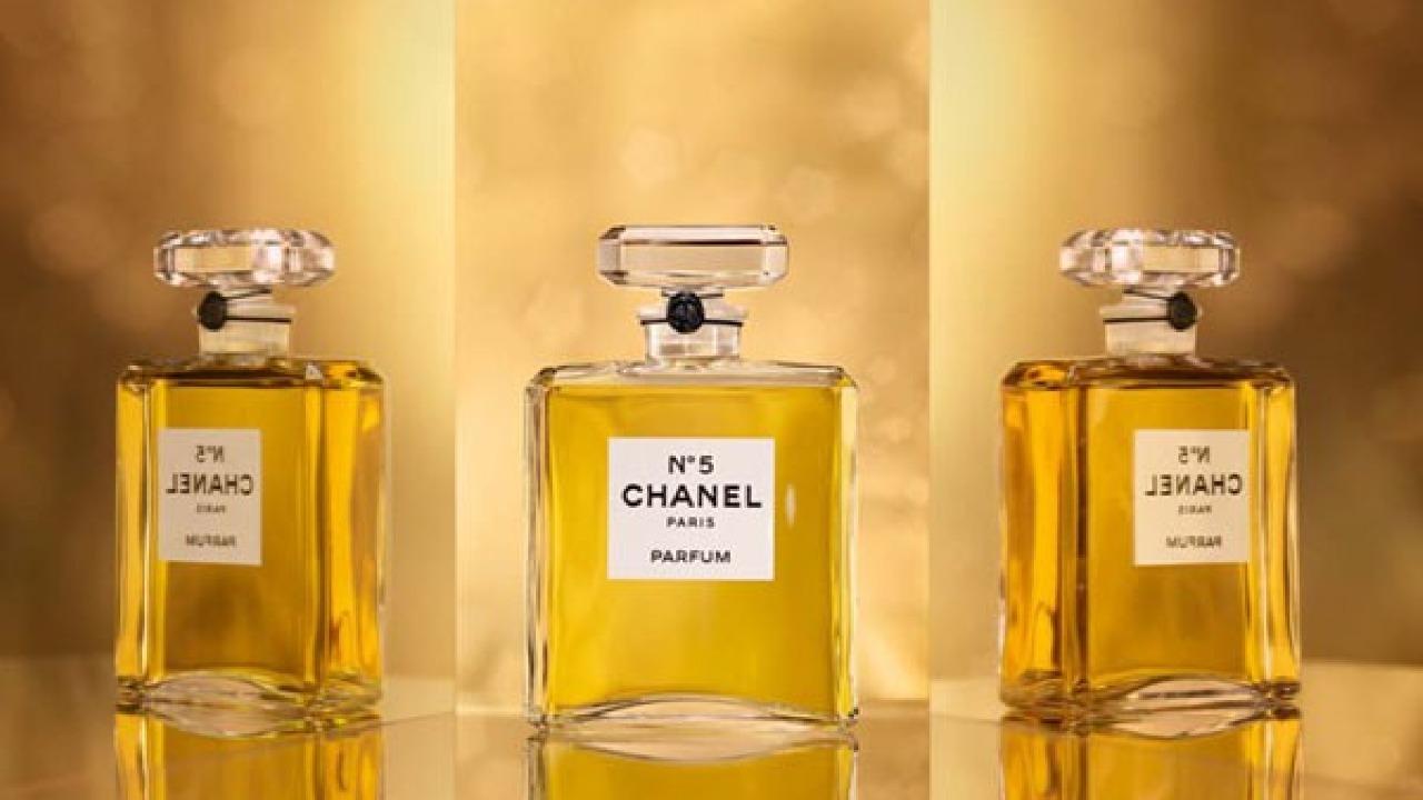 Sức hút bí ẩn của nước hoa Chanel No5 Eau De Parfum 100ml