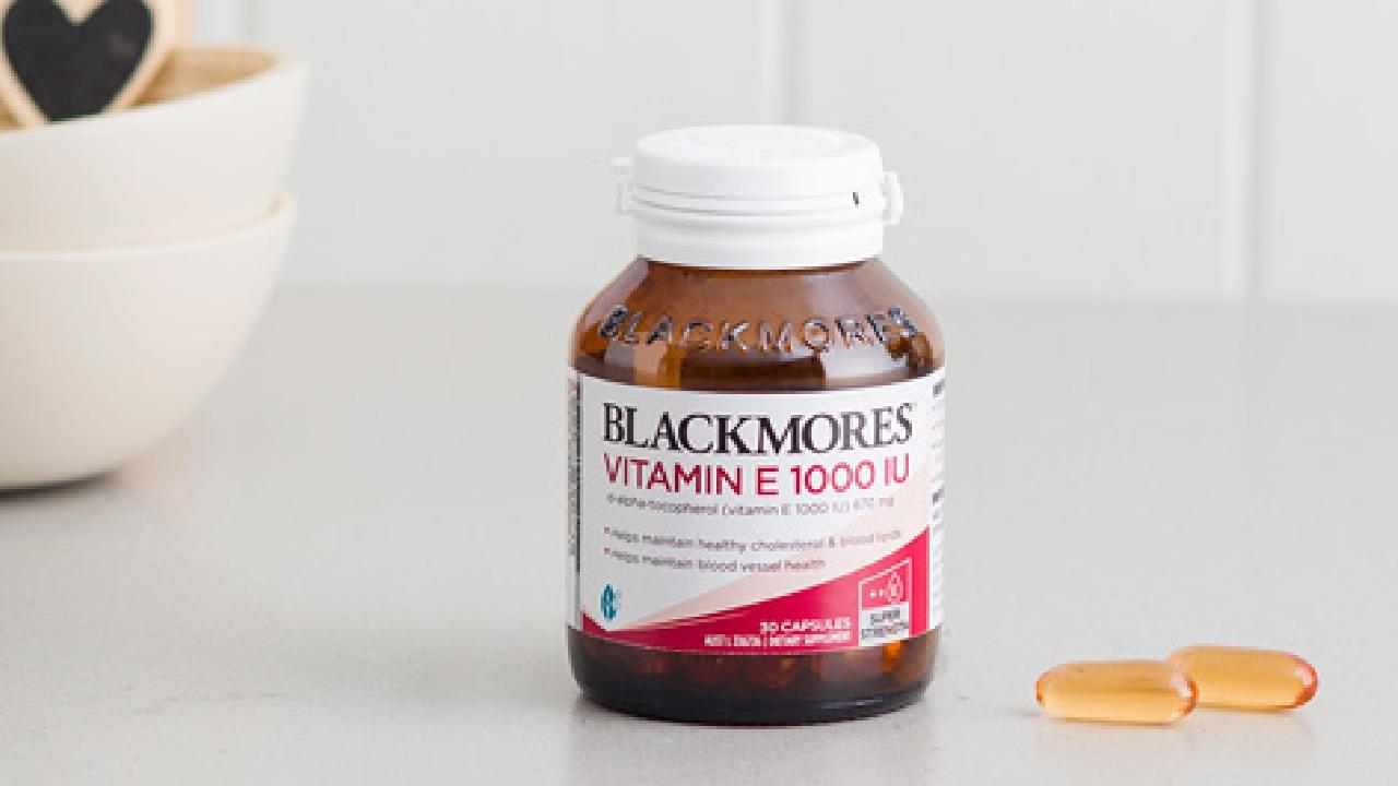 Viên uống Blackmores Vitamin E Úc có tốt không? Giá bao nhiêu?