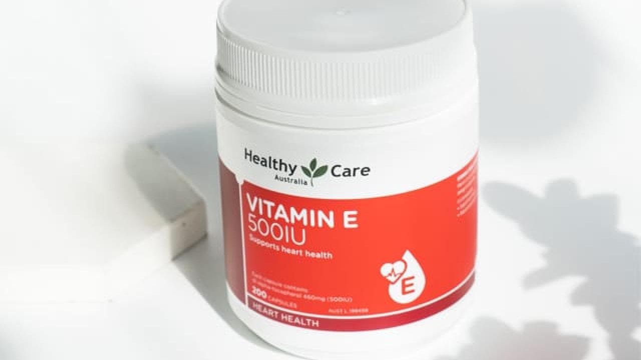 Review vitamin e Healthy Care 500IU có tốt không & cách uống