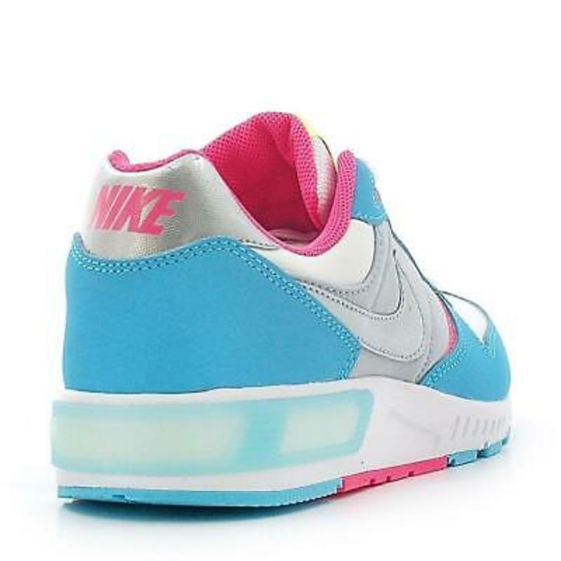 Giày thể thao bé gái Juniors NIKE NIGHTGAZER GS Trainers 705478 100