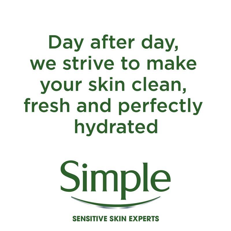 Nước tẩy trang Simple Kind To Skin Micellar Water 400ml