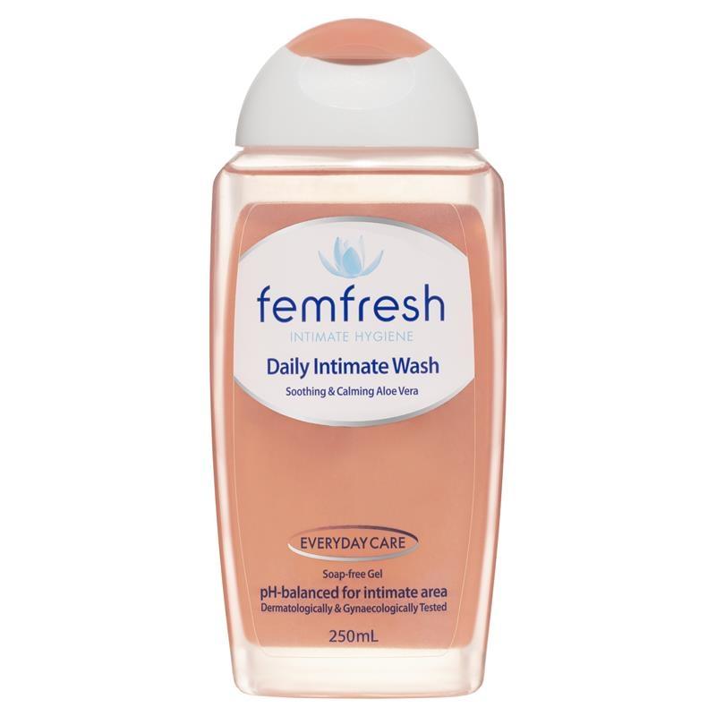 Dung dịch vệ sinh - Femfresh Daily Wash 250ml